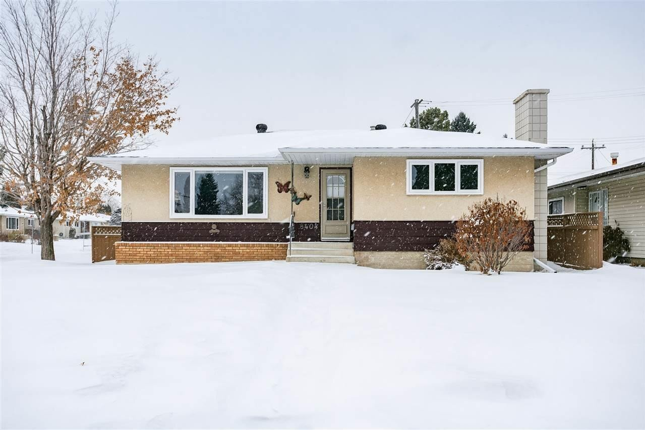 House for sale at 8404 56 St NW Edmonton Alberta - MLS: E4223728