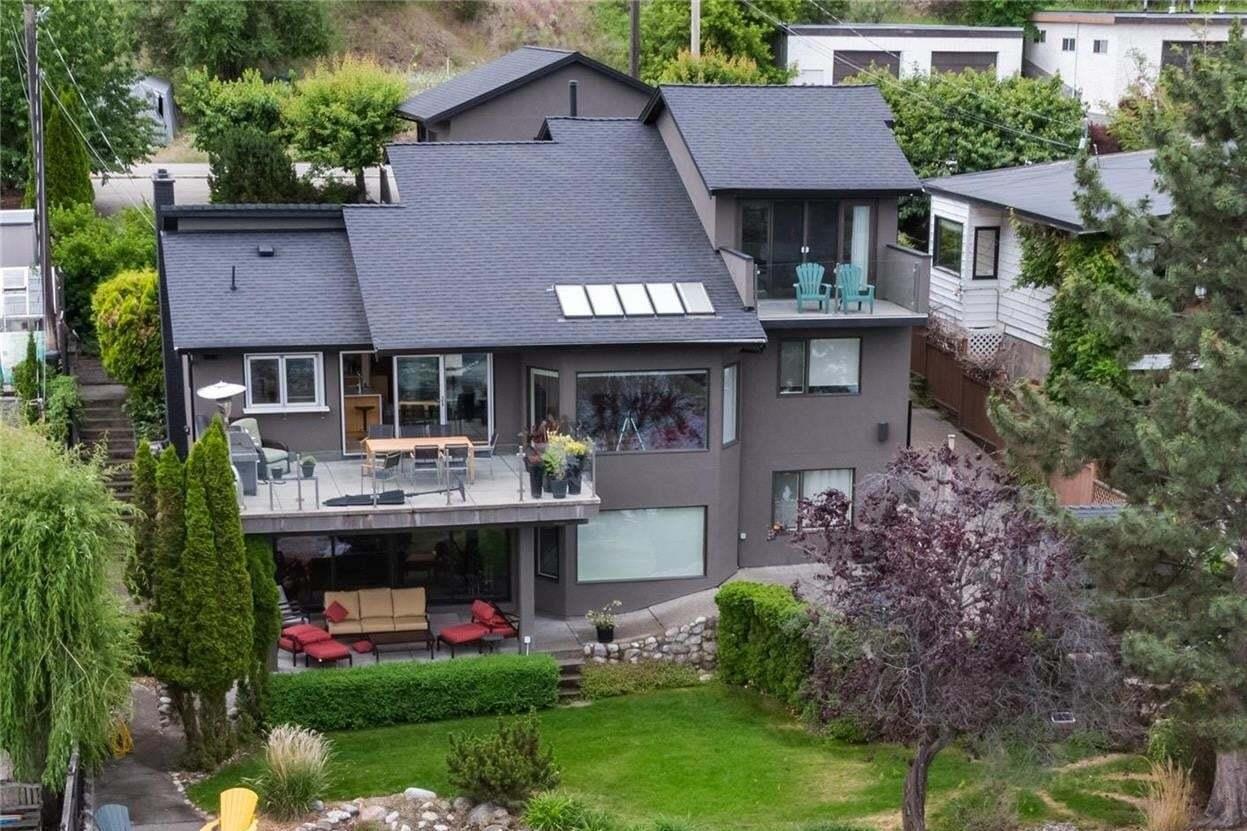 House for sale at 8405 Okanagan Landing Rd Vernon British Columbia - MLS: 10202650