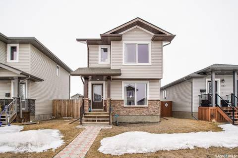 House for sale at 841 Glenview Cove Martensville Saskatchewan - MLS: SK803835
