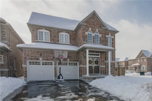For Sale: 841 William Lee Avenue, Oshawa, ON | 4 Bed, 4 Bath House for $915,800. See 20 photos!