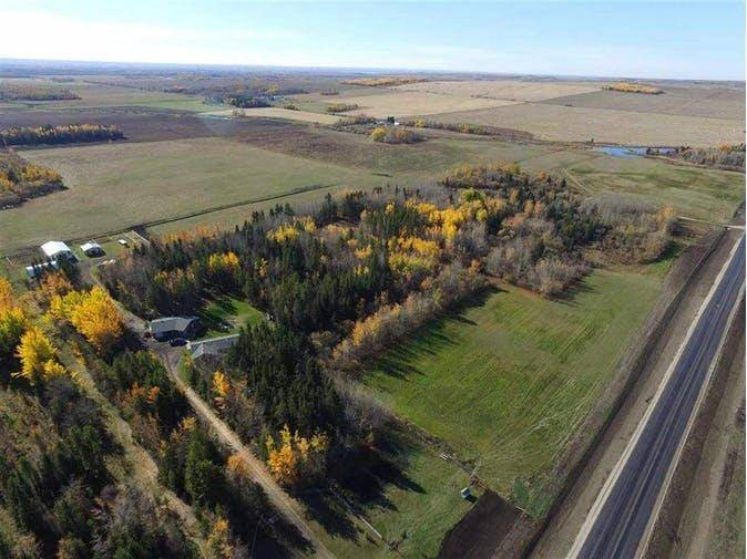 Home for sale at 8417 Township Rd Rural Yellowhead Alberta - MLS: E4181784