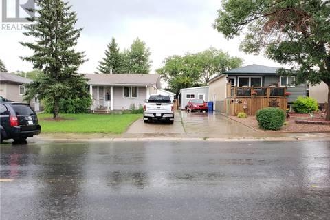 House for sale at 843 Broad St N Regina Saskatchewan - MLS: SK779053