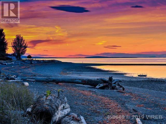 843 Flamingo Drive, Qualicum Beach | Image 2