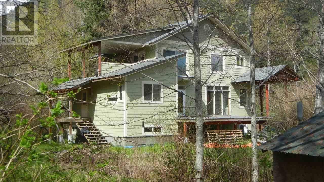 House for sale at 843 Mackenzie 20 Hy Bella Coola British Columbia - MLS: R2417587
