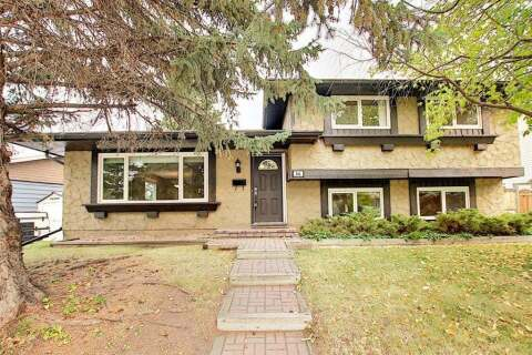 House for sale at 844 Lake Lucerne Dr SE Calgary Alberta - MLS: A1034964
