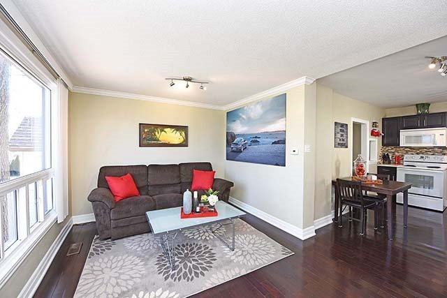 Sold: 847 Fourth Street, Mississauga, ON