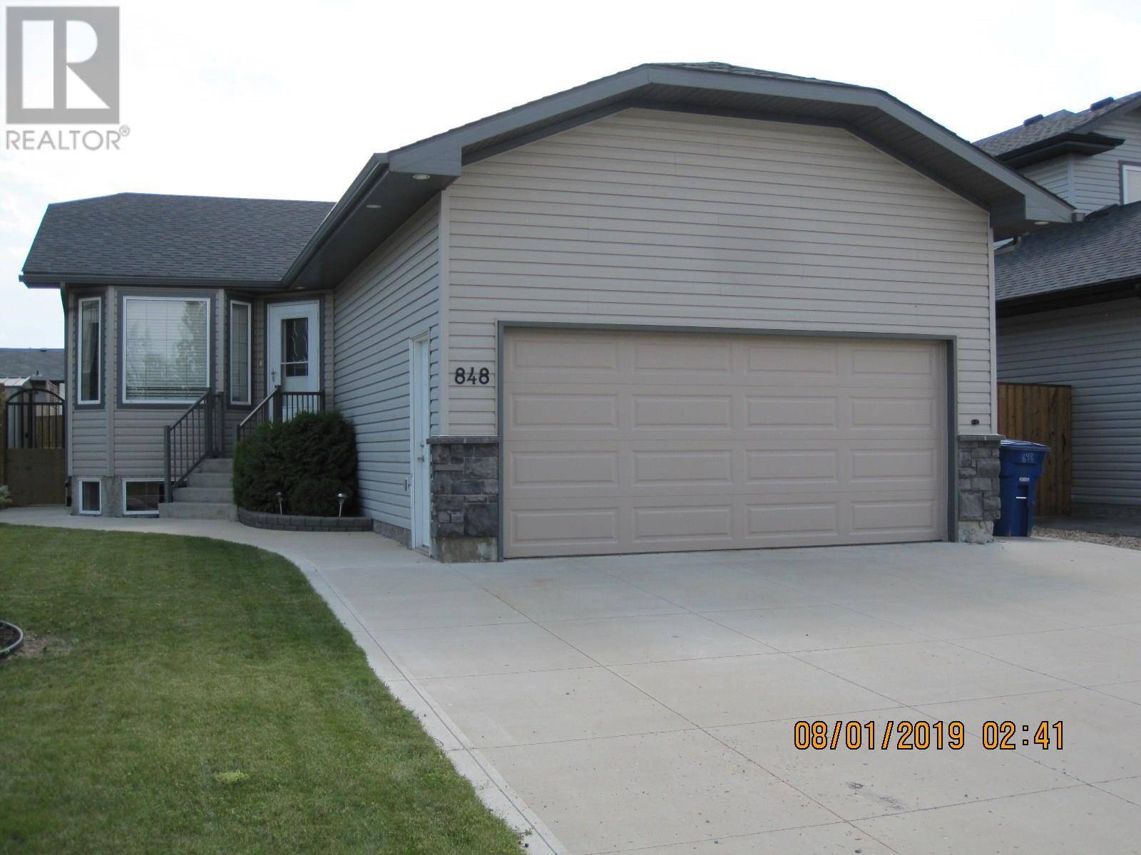 House for sale at 848 4th St S Martensville Saskatchewan - MLS: SK782506