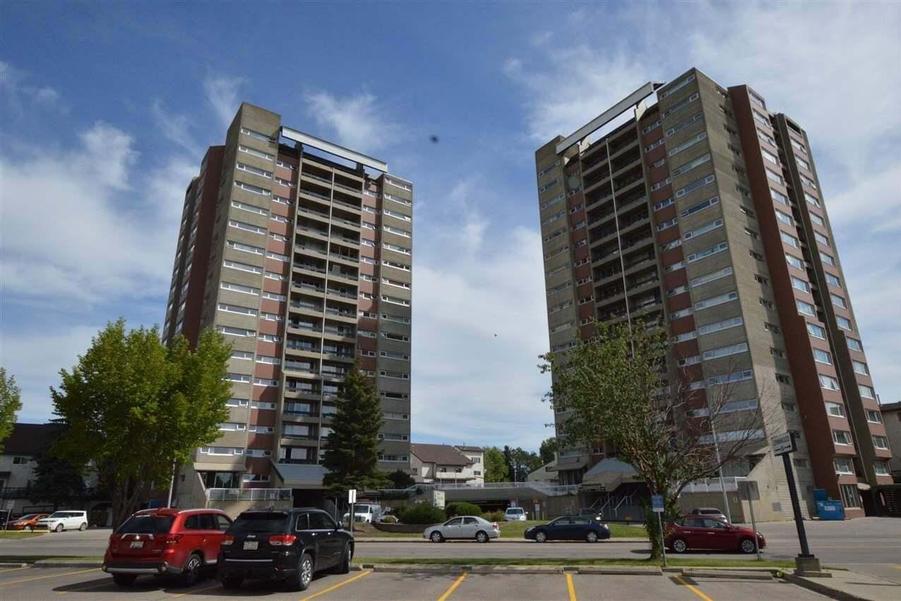 Buliding: 8745 165 Street North West, Edmonton, AB
