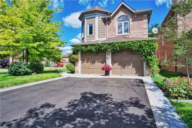 Sold: 85 Ballymore Drive, Aurora, ON