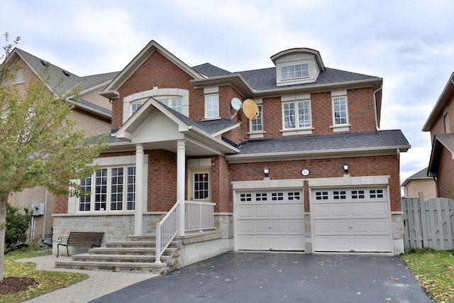 For Sale: 85 Bathurst Glen Drive, Vaughan, ON   4 Bed, 3 Bath House for $1,398,000. See 19 photos!