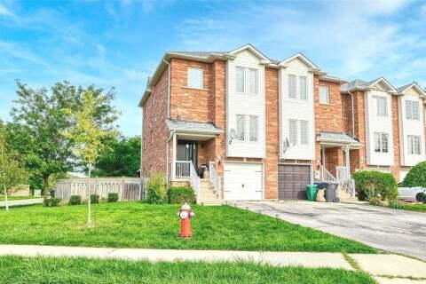 Townhouse for sale at 85 Ozner Ct Brampton Ontario - MLS: W4913459