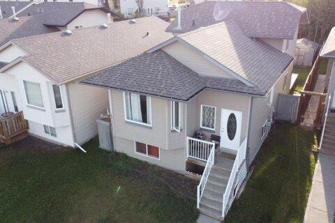 House for sale at 85 Pinnacle Ave Grande Prairie Alberta - MLS: A1000732