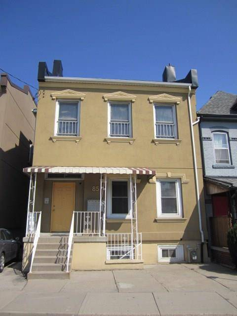 Townhouse for sale at 85 Wilson St Hamilton Ontario - MLS: H4052034