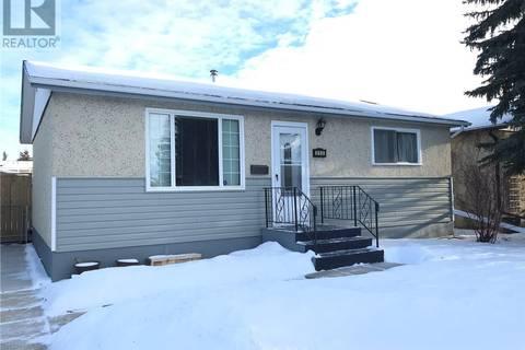 House for sale at 850 Northumberland Ave Saskatoon Saskatchewan - MLS: SK799104