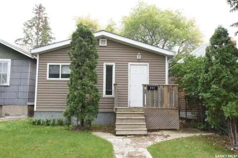 House for sale at 851 Princess St Regina Saskatchewan - MLS: SK808834