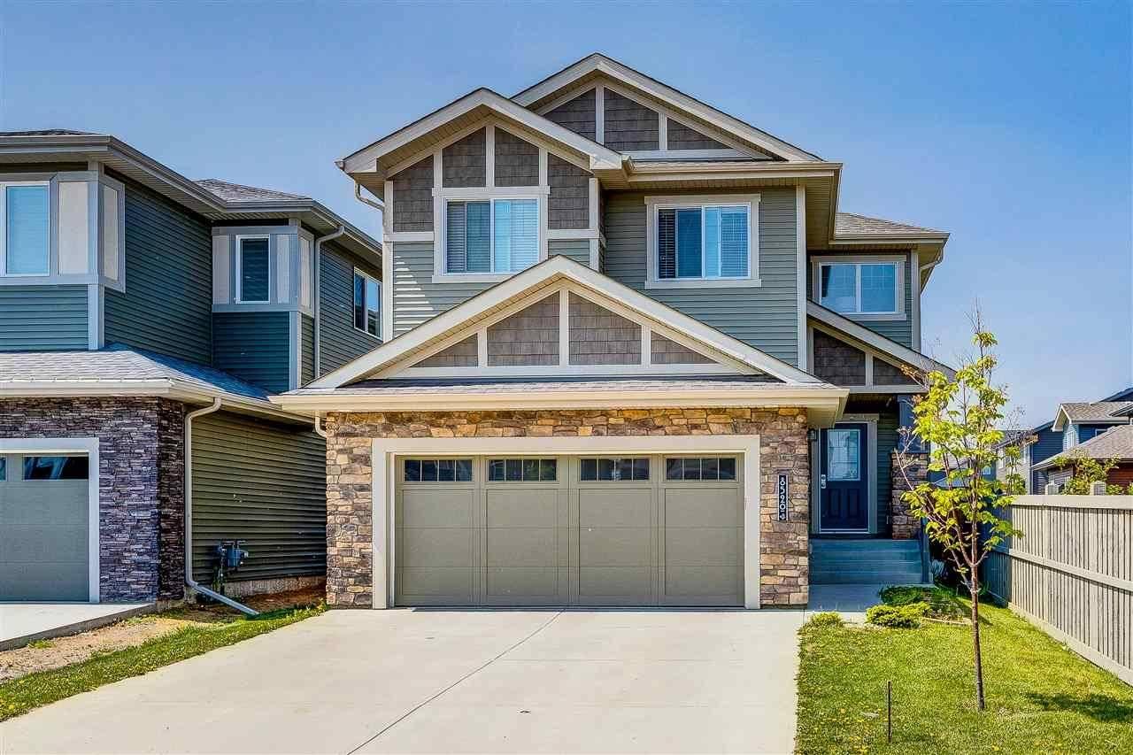 8520 216 Street Nw, Edmonton   Image 2