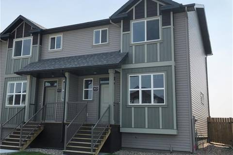 Townhouse for sale at 853 Greywolf Run N Lethbridge Alberta - MLS: LD0153926