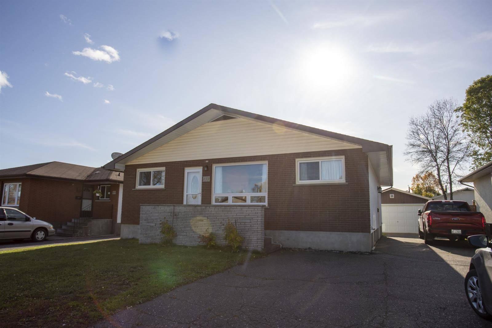 House for sale at 853 John St Thunder Bay Ontario - MLS: TB193374