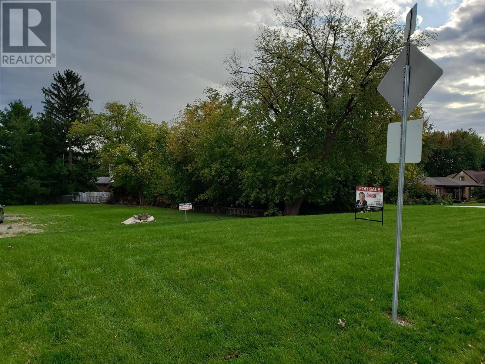 Home for sale at 8535 Riverside Dr East Windsor Ontario - MLS: 19026906