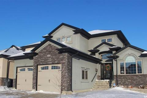 House for sale at 854 Ledingham Cres Saskatoon Saskatchewan - MLS: SK796412
