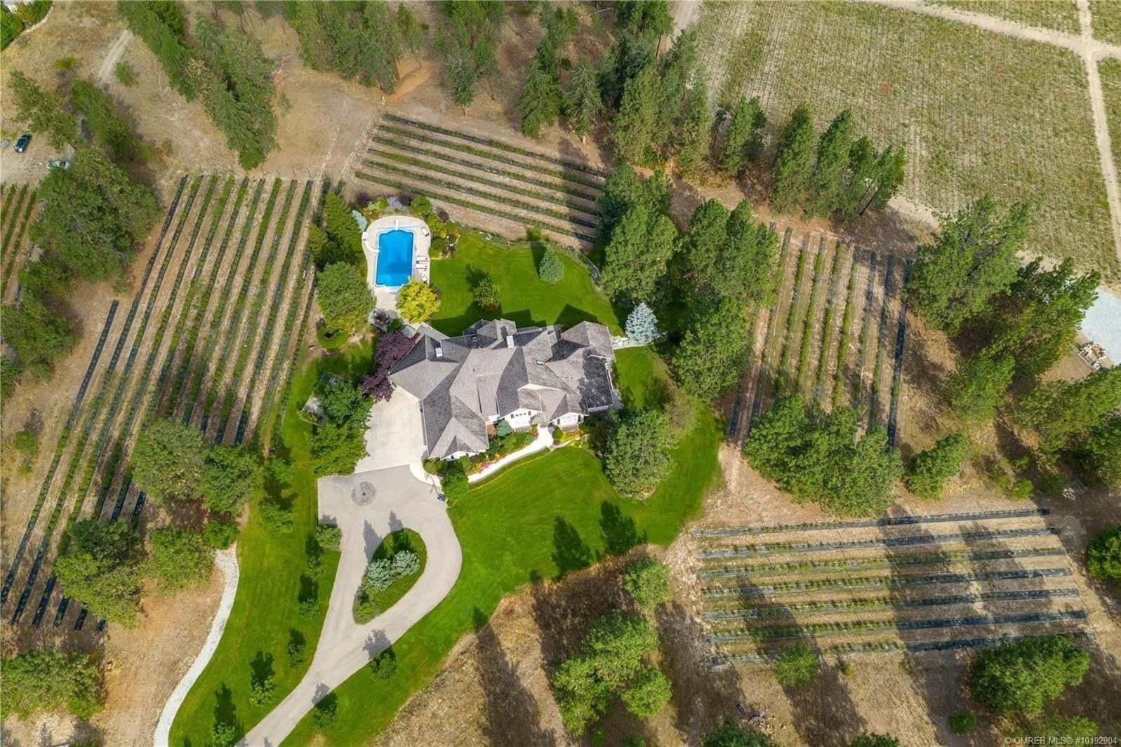 House for sale at 855 Crawford Rd Kelowna British Columbia - MLS: 10192904
