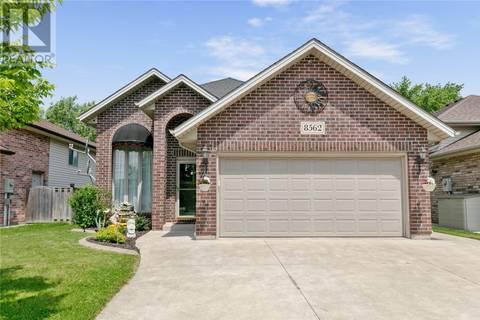 House for sale at 8562 Menard St Windsor Ontario - MLS: 19020921