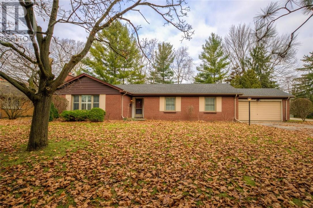 Removed: 857 Clearview Avenue, London, ON - Removed on 2018-12-12 04:39:05