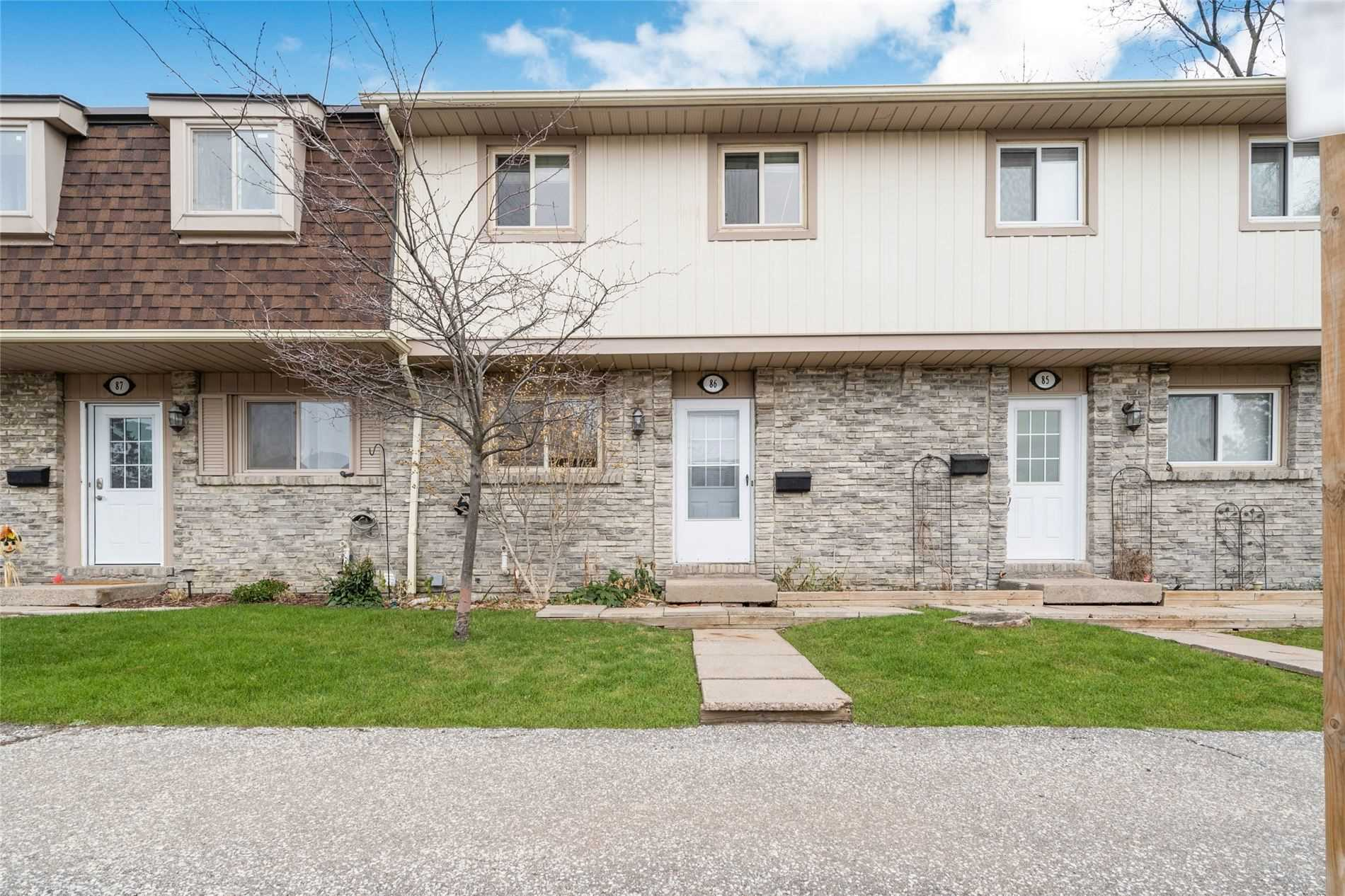 For Rent: 86 - 93 Hansen Road, Brampton, ON | 3 Bed, 2 Bath Townhouse for $2100.00. See 24 photos!
