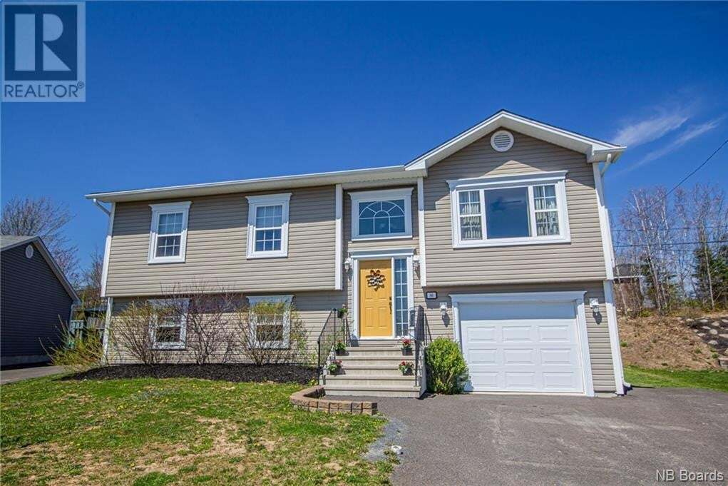 House for sale at 86 Blanchard Ct Fredericton New Brunswick - MLS: NB043604