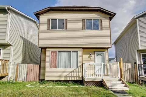 House for sale at 86 Martindale Dr NE Calgary Alberta - MLS: C4265855