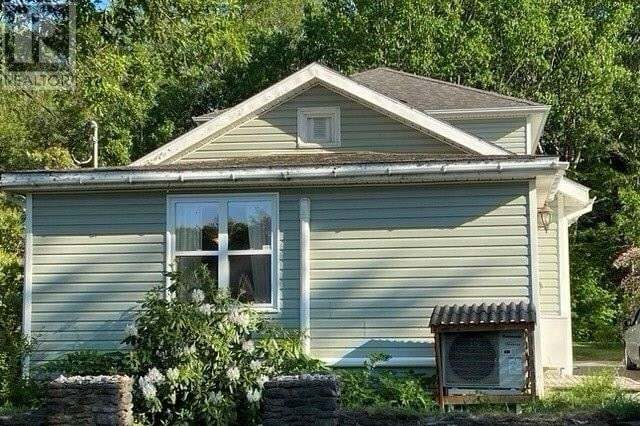 House for sale at 86 Woodworth Rd Kentville Nova Scotia - MLS: 202011119