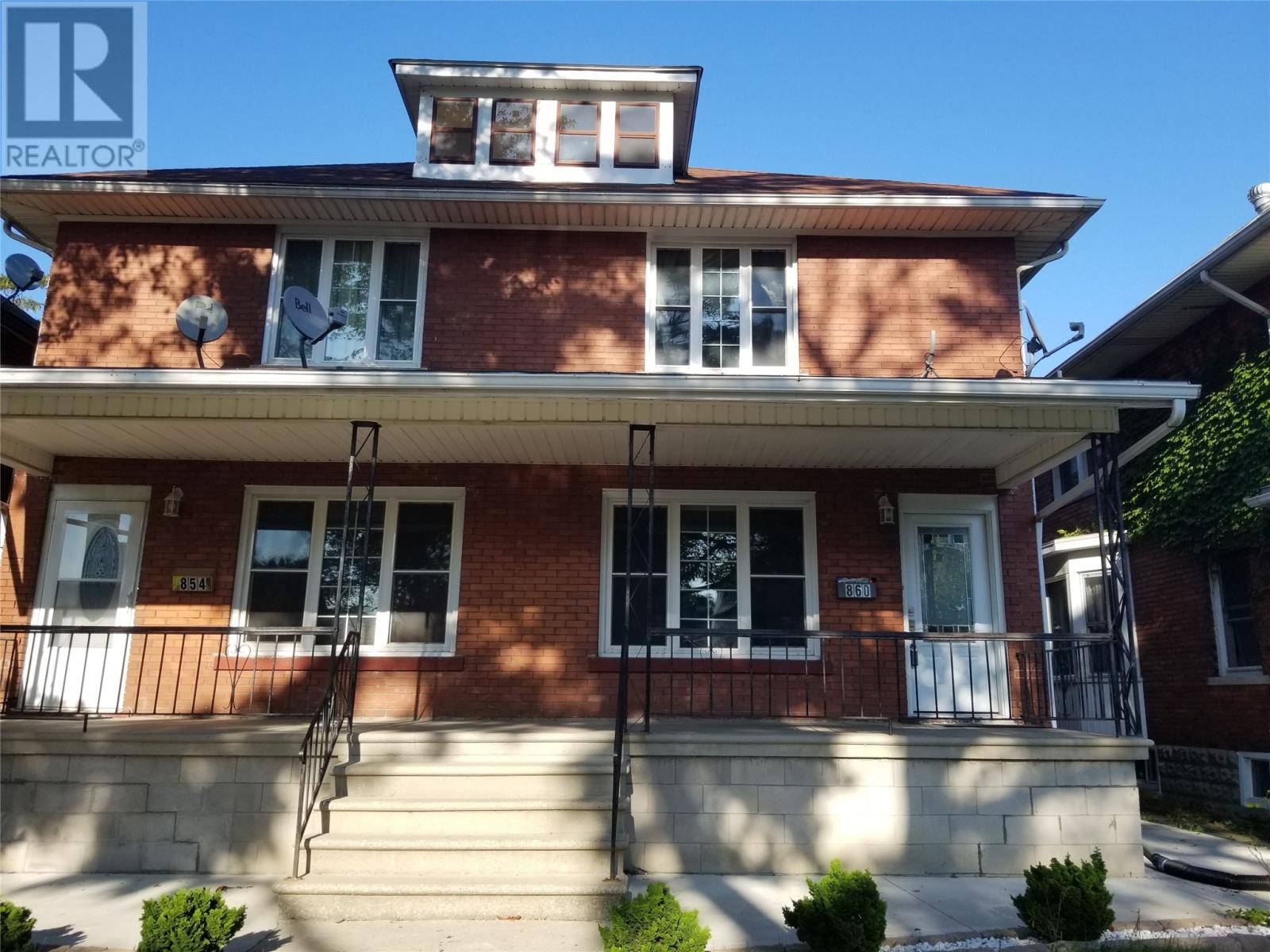 Townhouse for rent at 860 Dougall  Windsor Ontario - MLS: 19025980