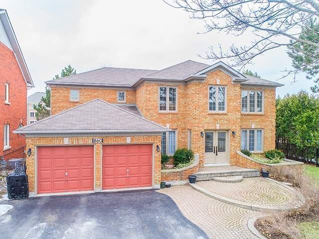For Sale: 860 Tegal Place, Newmarket, ON | 4 Bed, 3 Bath House for $1,288,000. See 20 photos!