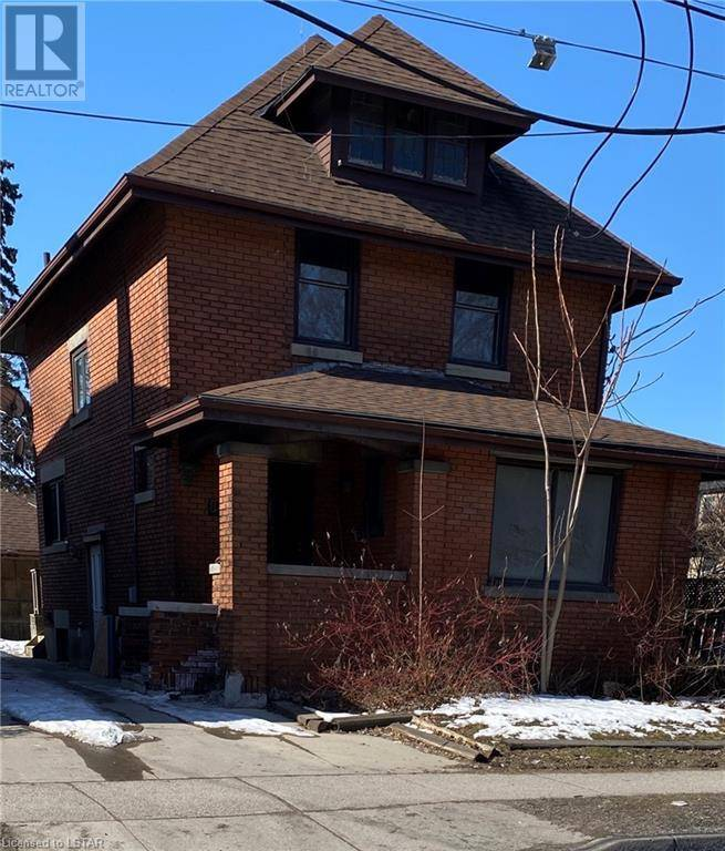House for sale at 861 Adelaide St London Ontario - MLS: 246024