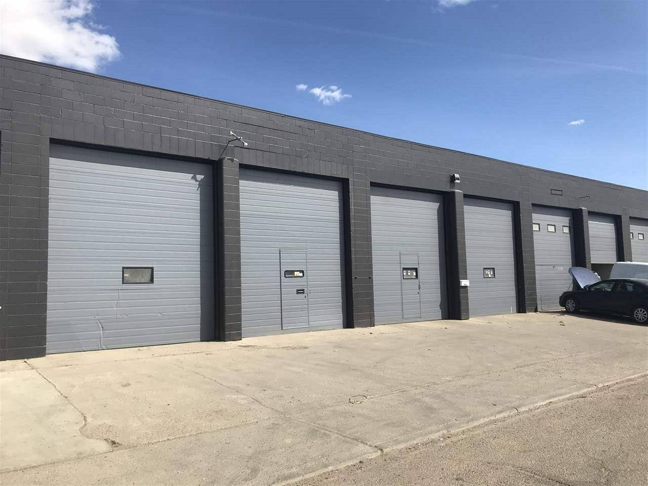 Commercial property for lease at 8610 Yellowhead Tr Nw Edmonton Alberta - MLS: E4129299