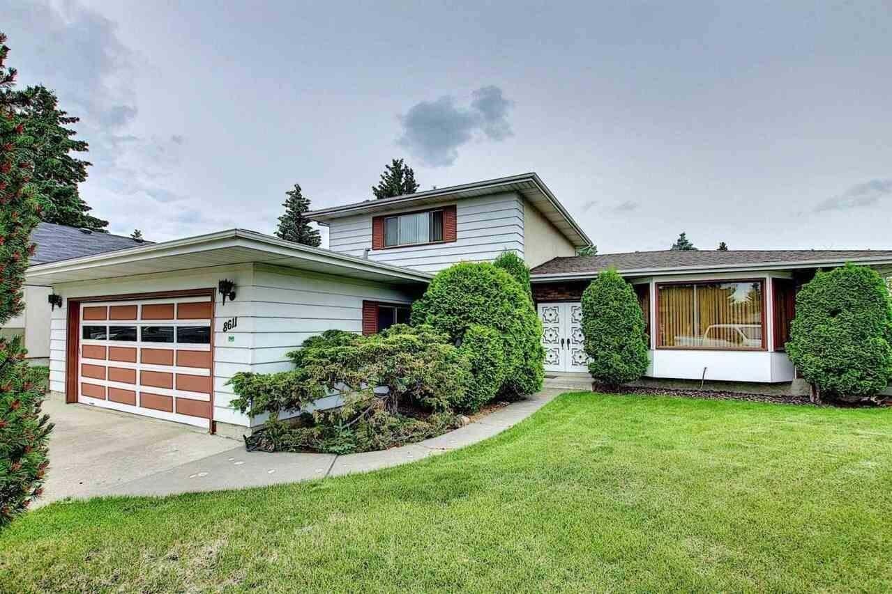 House for sale at 8611 37 Av NW Edmonton Alberta - MLS: E4203401