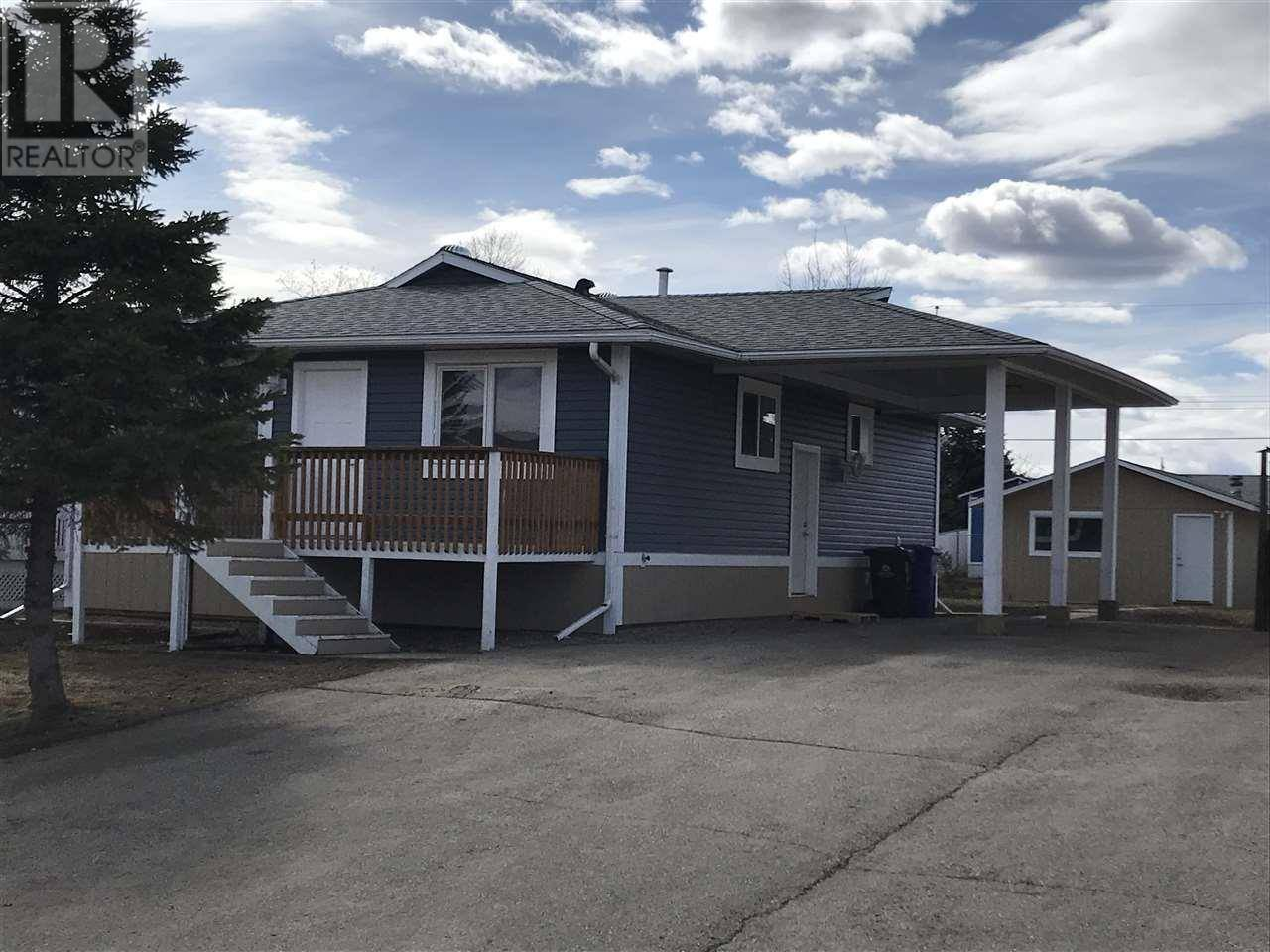 House for sale at 8612 89 St Fort St. John British Columbia - MLS: R2428273