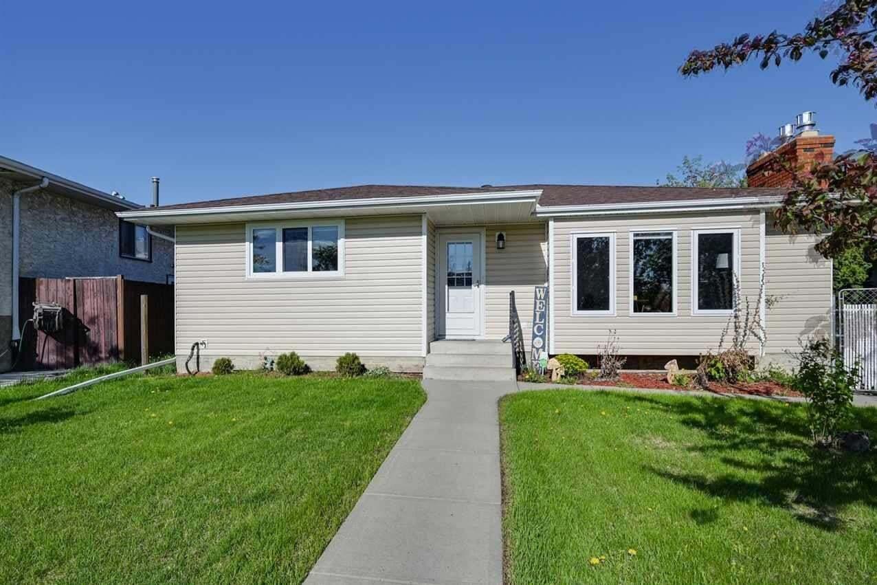 House for sale at 8613 29 Av NW Edmonton Alberta - MLS: E4198969
