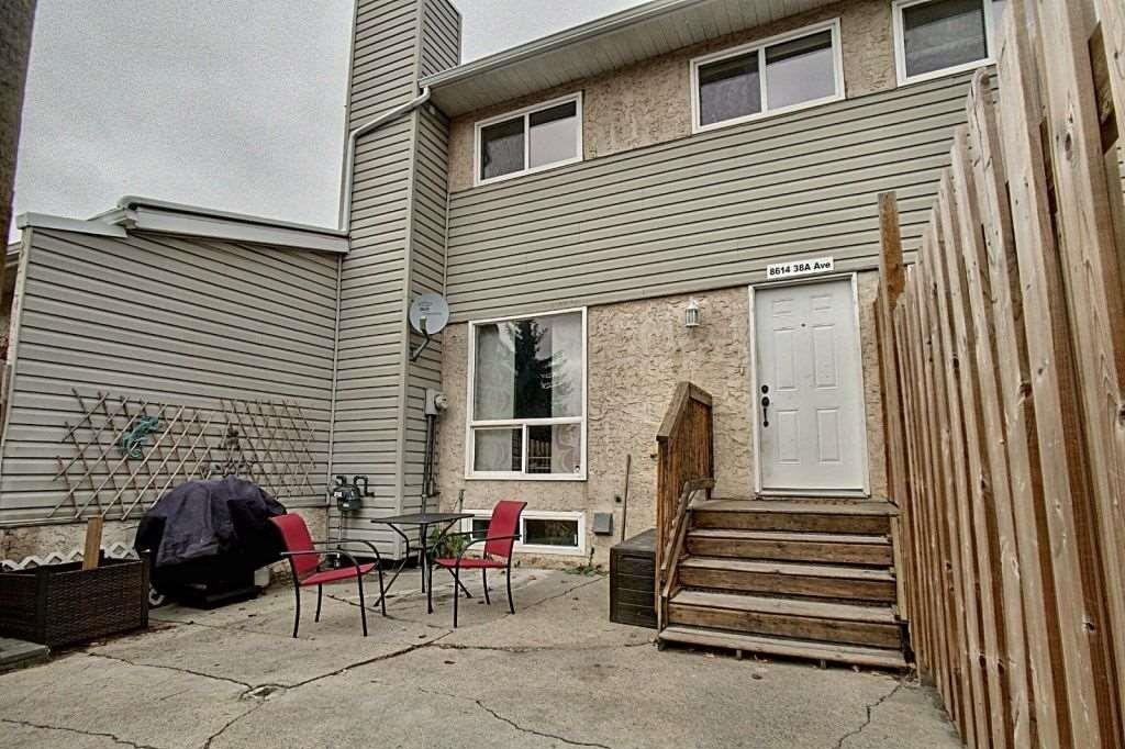Townhouse for sale at 8614 38a Av NW Edmonton Alberta - MLS: E4218420