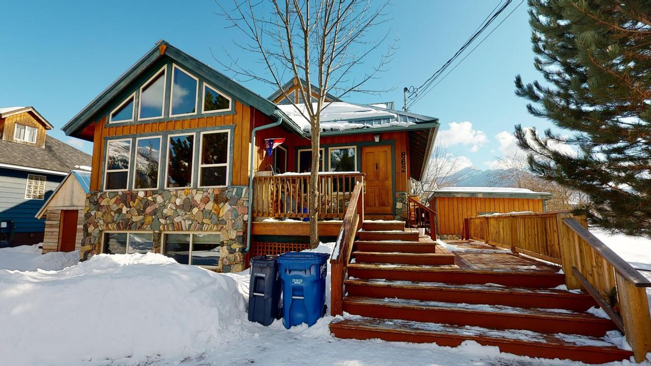 Removed: 862 10th Avenue, Fernie, BC - Removed on 2020-02-21 05:24:24