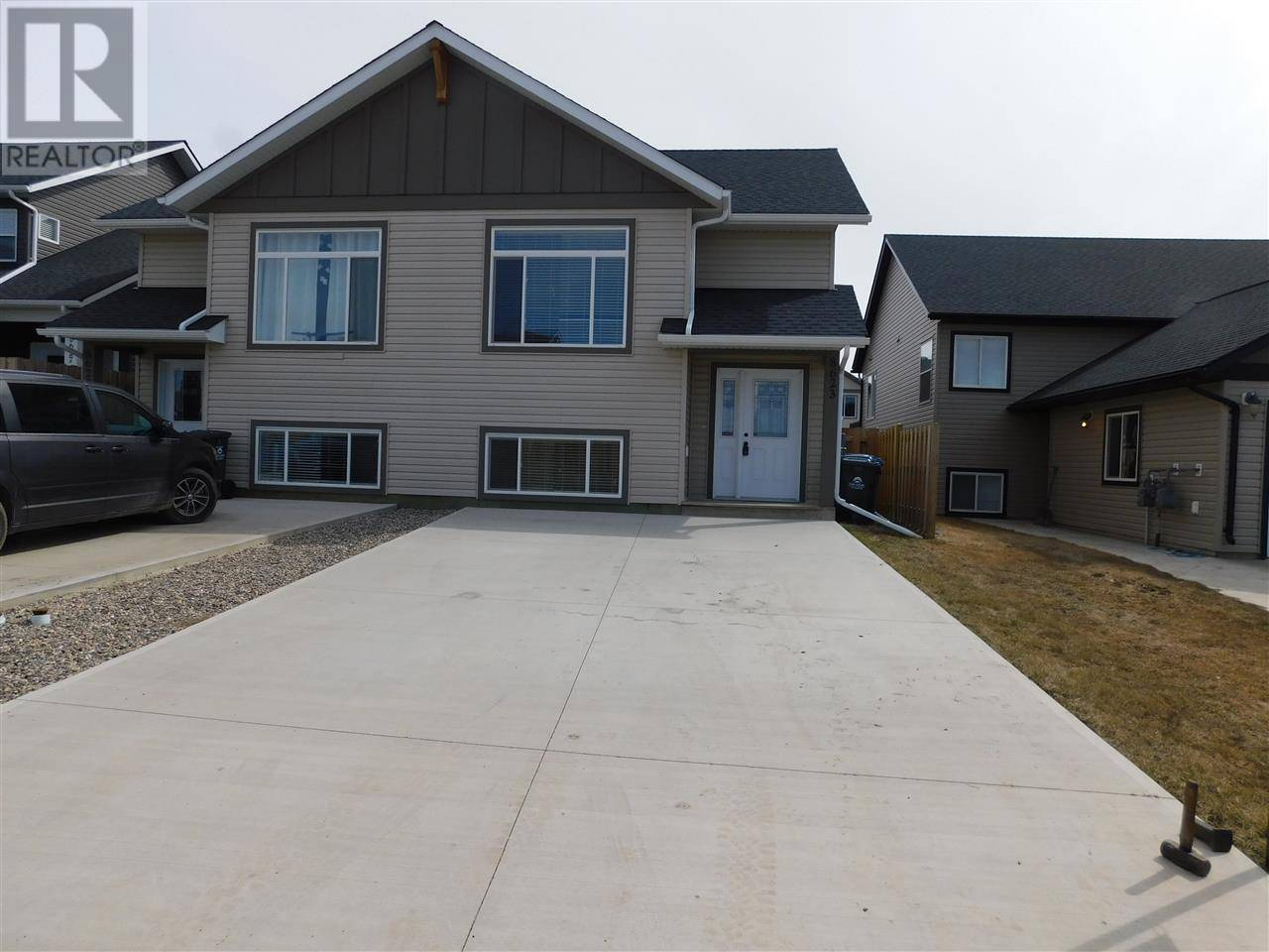 Townhouse for sale at 8623 83 St Fort St. John British Columbia - MLS: R2426139