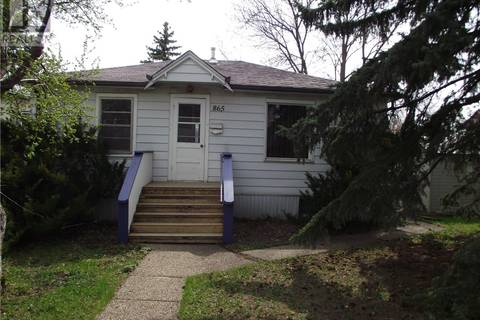 House for sale at 865 Argyle St Regina Saskatchewan - MLS: SK771999