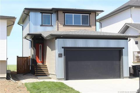 866 Greywolf Run N, Lethbridge | Image 1