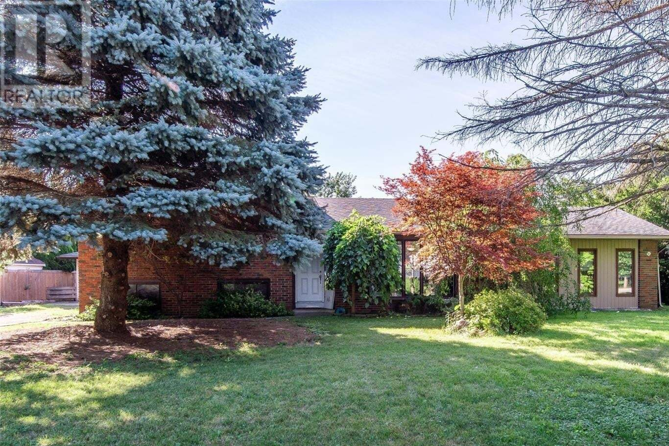 House for sale at 8668 English Line Chatham Ontario - MLS: 20009518