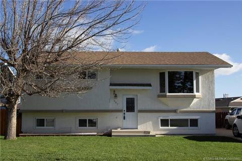 867 Elizabeth Street, Pincher Creek   Image 1