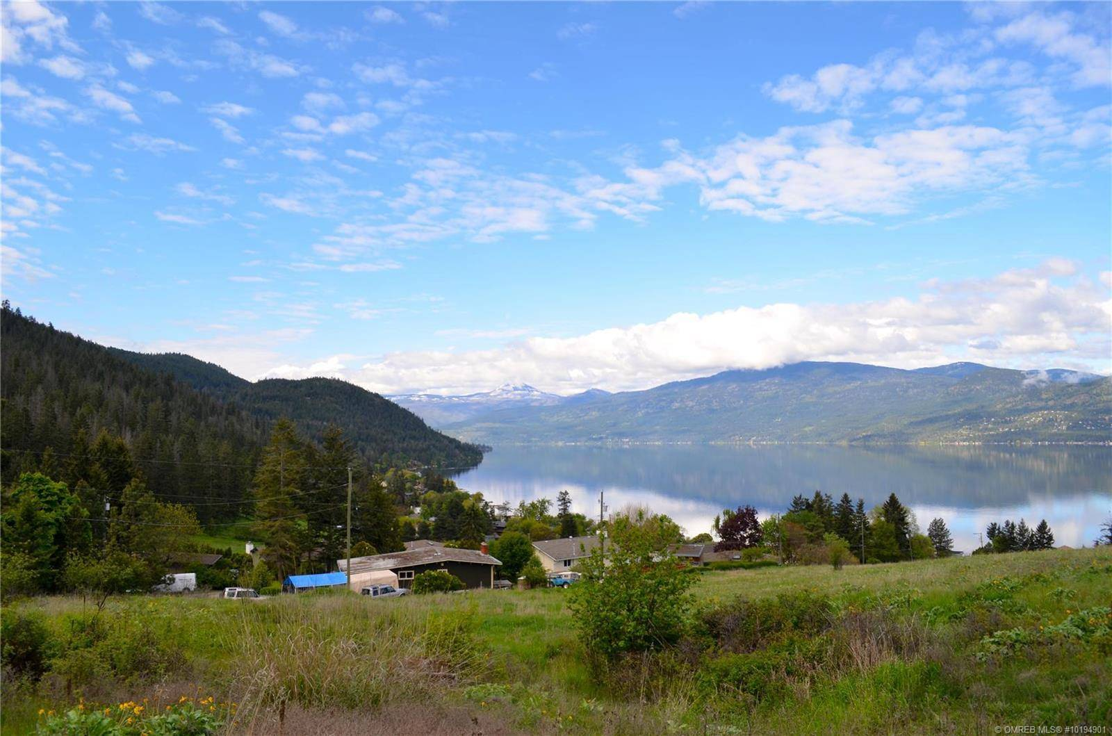 Home for sale at 8670 Okanagan Landing Rd Vernon British Columbia - MLS: 10194901