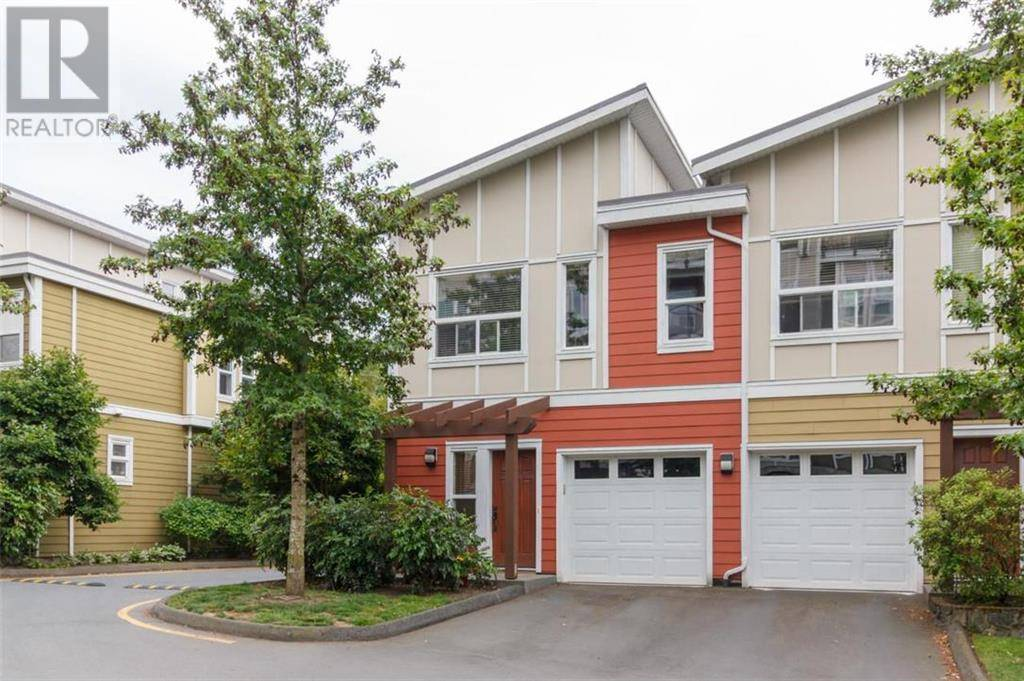 Townhouse for sale at 868 Brock Ave Victoria British Columbia - MLS: 415793
