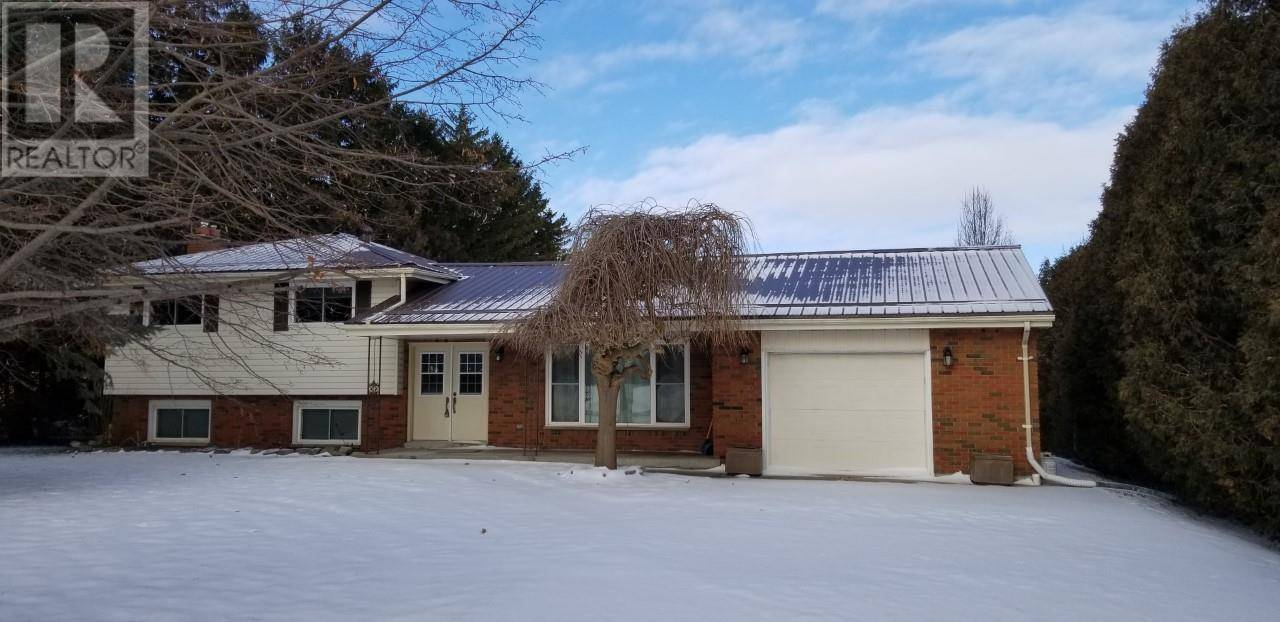 House for sale at 8687 Pioneer  Chatham-kent Ontario - MLS: 20000668