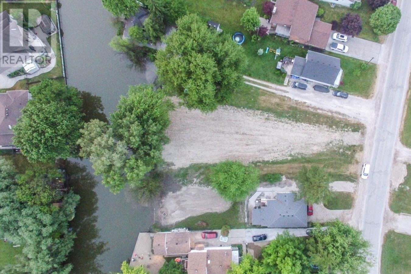 Residential property for sale at 87 East Pike Creek  Lakeshore Ontario - MLS: 20009922
