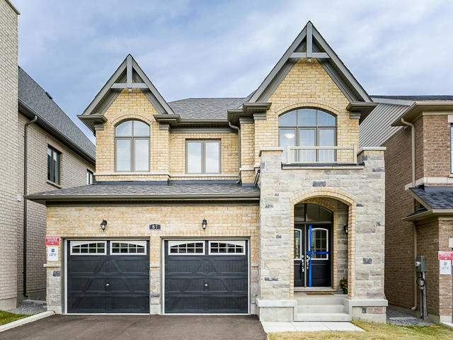 For Sale: 87 Leaden Hall Drive, East Gwillimbury, ON | 4 Bed, 2 Bath House for $1,007,007. See 9 photos!